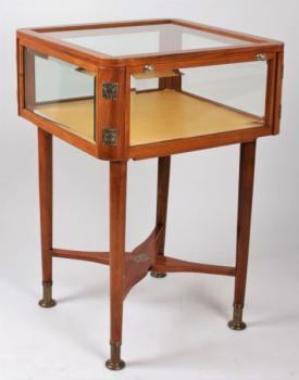Vitrine - solid wood - 1910