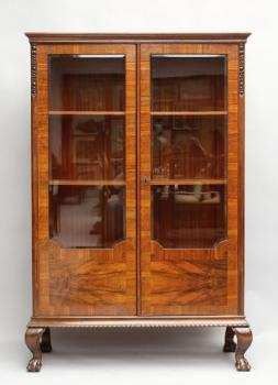 Display Cabinet - walnut wood - 1920